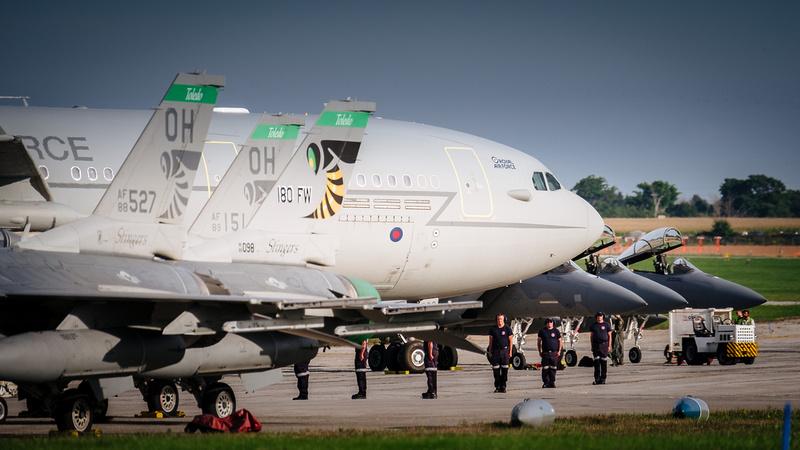 SVPhotography.ca: 2016 London Airshow &emdash; London Airshow